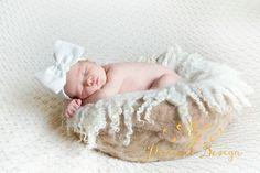 Ap portrait design photo newborn session Galesburg Illinois - www.apportraitdesign.com 309-335-1818