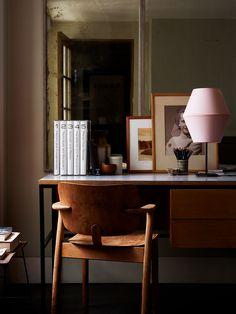 ILMARI TAPIOVAARA, Domus-chair, 1946. Originally manufactured by Keravan Puuteollisuus Oy, Finland. Photography by Lucas Allen. / Lucas Allen