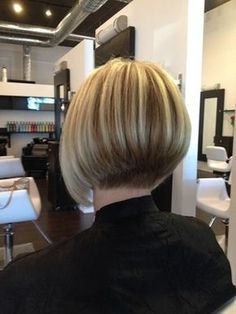 Salon Palm Harbor Photo Gallery, pictures Salon Palm Harbor Photo Gallery, pictures Related New and Unique Short Hair with BangsPerfekte Bob-Frisuren Stylish And Pretty Bobs For You To Copy Bob Haircut For Fine Hair, Bob Hairstyles For Fine Hair, Short Bob Haircuts, Stacked Bob Haircuts, Bob Haircut Back View, Hairstyle Short, Wedge Hairstyles, Hair Images, Great Hair