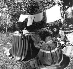 Miccosukee women and their washing 1960