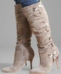 Botas altas - Diseñador: Gucci.