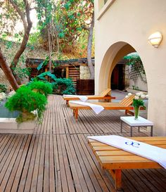 Hydrotherapy pool? Check. Finnish sauna? Check. Rasul baths? Check.