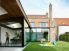 extension de maison en bois, métal et verre