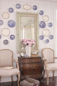 FRENCH COUNTRY COTTAGE: a pretty collection to display grandmas plates!