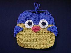 Ravelry: Owl Bib pattern by Lion Brand Yarn - Crochet Baby Bibs, Baby Afghan Crochet, Crochet Mittens, Baby Knitting, Knitting Ideas, Crochet Pouch, Free Knitting, Unique Crochet, Cute Crochet
