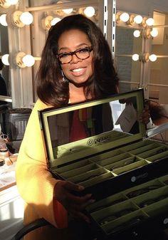 10 Times Oprah Won the Glasses Game oprah glasses Oprah Glasses, Nice Glasses, Glasses For Your Face Shape, Cat Eye Glasses, Glasses Frames, Cute Sunglasses, Sunglasses Women, Vintage Sunglasses, Cat Eye Colors