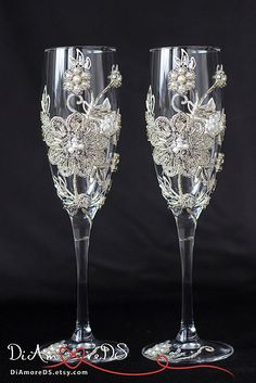 Embroidery wedding, bride and groom flutes, pearl wedding, toasting glasses, vintage inspired,champagne flutes  2pcs G4/11/12/16-0002