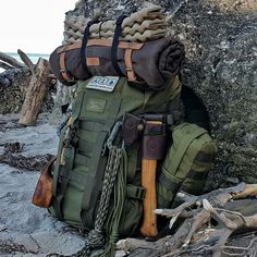 Got your bug out bag ready? Every prepper and survivalist needs a bug out bag list to stay prepared for any SHTF scenario. You only take what you absolutely need for survival. So what exactly should you include in a bug out bag checklist? Bushcraft Camping, Bushcraft Pack, Bushcraft Backpack, Backpacking Gear, Camping And Hiking, Camping Survival, Outdoor Survival, Hiking Gear, Survival Gear