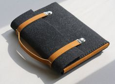 classy felt and leather briefcase for macbook air $65 on etsy #agteam