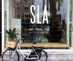 SLA - salad bar in Amsterdam Salad Shop, Salad Bar, Cafe Interior, Interior And Exterior, Amsterdam, Coffee Room, Pasta Bar, Logo Restaurant, Organic Restaurant
