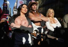Nikki Benz and Alex Texas Topless Misadventures in Times Square