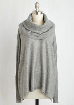 Stage Advice Sweater From the Plus Size Fashion Community at www.VintageandCurvy.com
