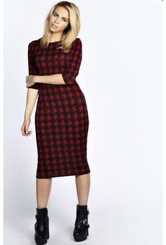 boohoo Macie Dogtooth Printed Midi Dress - red azz19305 No off-duty wardrobe is complete without a casual day dress. Basic bodycon dresses are always a winner and casual cami dresses a key piece for pairing with a polo neck , giving you that effortless eve http://www.comparestoreprices.co.uk/dresses/boohoo-macie-dogtooth-printed-midi-dress--red-azz19305.asp