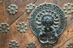 Kapıları Süsleyecek Kapı Tokmakları