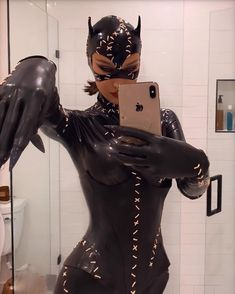 Costume Kylie Jenner, Kendall Jenner, Halloween Outfits, Halloween Costumes, Armadura Do Batman, Bella Hadid Outfits, Provocateur, Halloween Disfraces, Woman Crush