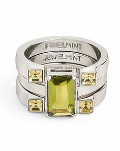 Amazing ring, great symmetry and balance. That chartreuse/citrine stone could work on the 4 Seasons with Autumn in their colouring, except True Autumn whose skin is so gorgeous with gold. Green-yellow is at home in the Bright Seasons too.