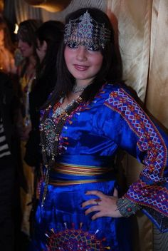 Beautiful amazigh (kabyle) woman with traditional dress