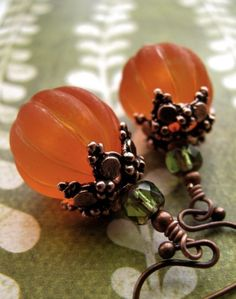 Pumpkin earrings....where to find these lovely beads??