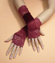 Segmented fingerless gloves in upcycled look, with thumb holes, sewed of different elastic fabrics - Burgundy stretchy lace, stretchy velvet and thin burgundy jersey. Lenght - 25 cm/ 10 Size - medium, the gloves are stretchable  Size medium (for another sizes please write the wrist circumference in buyers note).