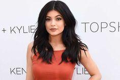 Kylie Jenner: Bio, Career, Cosmetic, Lips, Net Worth (Information)