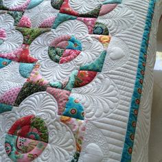 Quilting Stencils, Longarm Quilting, Drunkards Path Quilt, Machine Quilting Designs, Quilting Ideas, Colorful Quilts, Custom Quilts, Quilt Stitching, Scrappy Quilts
