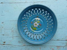 Delightful French bread basket of by FrenchVintageChique on Etsy
