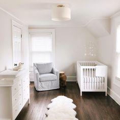 The Best Gender Neutral Nursery Inspiration - Baby Nursery - Baby Bedroom, Baby Boy Rooms, Baby Room Decor, Nursery Decor, Nursery Ideas, Room Ideas, Minimalist Nursery, Minimalist Baby, Zara Kids