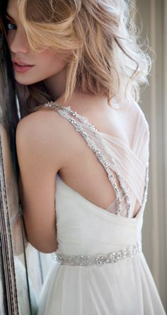 Im going to need a Hayley Paige dress one day ... this back is gorgeous