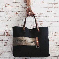 "Le Petit Nantais ""Wanderlust"" (version black) / SOben Store"