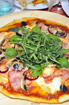 Frittata, Pepperoni, Vegetable Pizza, Hamburger, Dinner Recipes, Snacks, Vegetables, Cooking, Food