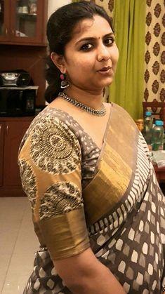 Beautiful Girl In India, Beautiful Women Over 40, Most Beautiful Indian Actress, Beautiful Ladies, Beautiful Girl Quotes, Beautiful Saree, Indian Natural Beauty, Indian Beauty Saree, Beauty Full Girl