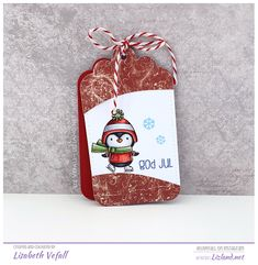 I made some Christmas tags for Hobbykunst the week I had my colouring demo there. I've used La-La Land Crafts tags, Maja Design papers, penguins from MFT Stamps and text stamps by Huldra Desi… Christmas Tag, Christmas Ornaments, Hello Winter, Mft Stamps, Penguins, Tags, Holiday Decor, Paper, Crafts
