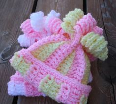 download a FREE pattern every day. ~ Babys Curly Q Hat | Crochet Stash .Tumblr…