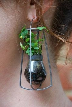 This is one of those things my mind cant wrap around how cool and eye pleasing it is. // terrarium earring