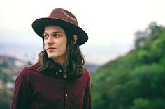 James Bay's latest single has a great feel-good quality.