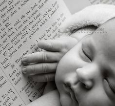For this child I prayed. Such a beautiful idea for a baby photo ~ 1 Samuel 1:26-28 #Cute #baby photo!