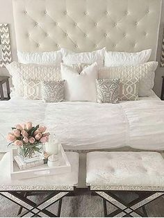 38 Look Luxurious With a White Master Bedroom Design Ideas - A master bedroom should be the perfect retreat from whatever is going on in the rest of the home and place where you can really kick -back and relax. Bedroom Ideas Master On A Budget, Cute Bedroom Ideas, Master Bedroom Design, Home Decor Bedroom, Modern Bedroom, Interior Design Living Room, Room Interior, Diy Bedroom, Master Suite
