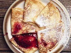 Macie już dosyć śniadaniowych, oklepanych dań? Jest na to sposób! Dobrze znany przepis wystarczy delikatnie przekształcić, a w efekcie otrzymamy...
