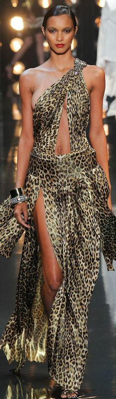 Alexandre Vauthier Spring 2014 @}-,-;—. Too bad the belly buttons showing. Would be nicer with a higher waistline
