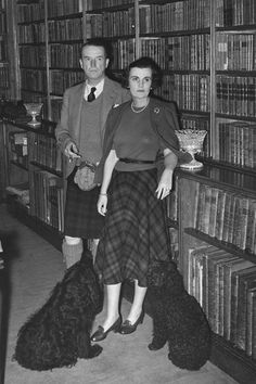 Gallery - Margaret of Argyll: WITH THE DUKE OF ARGYLL AT THE FAMILY SEAT, INVERARAY CASTLE, IN 1960