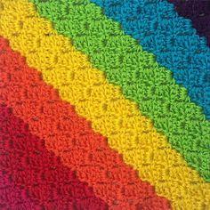 thatgirlwhocrochets rainbow crochet diagonal stripes