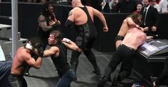 Daniel Bryan teams with former Shield members Roman Reigns & Dean Ambrose in a Six-Man Tag Team Match against Kane, Seth Rollins & Big Show in the main event of SmackDown.