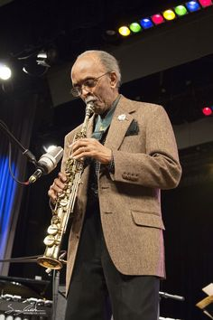 Jimmy Heath at the Annual Eau Claire Jazz Festival, photo by Sara Jessick Jazz Artists, Jazz Musicians, Sax Man, How To Express Feelings, All That Jazz, Jazz Festival, Music People, Blues Music, Famous Faces