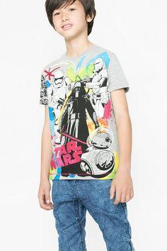 Camiseta de la Guerra de las Galaxias para niño Desigual. ¡Descubre la colección de niño más cañera!