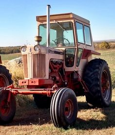CASE 1030 Comfort-King Big Tractors, Case Tractors, Vintage Tractors, Truck And Tractor Pull, Tractor Pulling, Make Your Case, Case Ih, Old Farm, Heavy Equipment