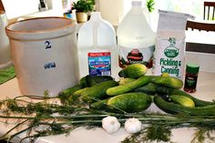 Making Homemade Pickles in a Crock Crock Pickle Recipe, Fermentation Crock, Canning Pickles, Pickels, Bread & Butter Pickles, Homemade Pickles, Pickling Cucumbers, Sweet Pickles, Pickle Relish