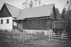 bwstock.photography - photo   free download black and white photos  //  #mill Black White Photos, Black And White, Free Black, Public Domain, Documentary, House Styles, Photography, Photograph, Black N White