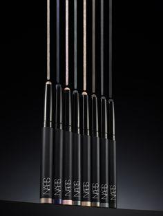 HOLLYWOODLAND VELVET SHADOW STICK (8 bonitas sombras en lápiz de Shiseido)  PVPR: 26.00€