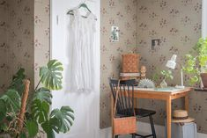 Katarina wallpaper by Sandberg. Styling and photo by Lotta Lundberg www.dromma.se