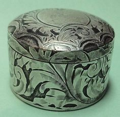 Antique Silver Pill / Snuff Box Etched Floral Ceramic Base Inside Gold Wash Auction Item Sold $19.99